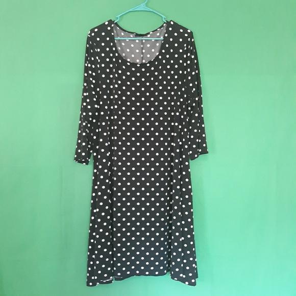 Nina Leonard Dresses & Skirts - Nina Leonard Polka Dot Dress
